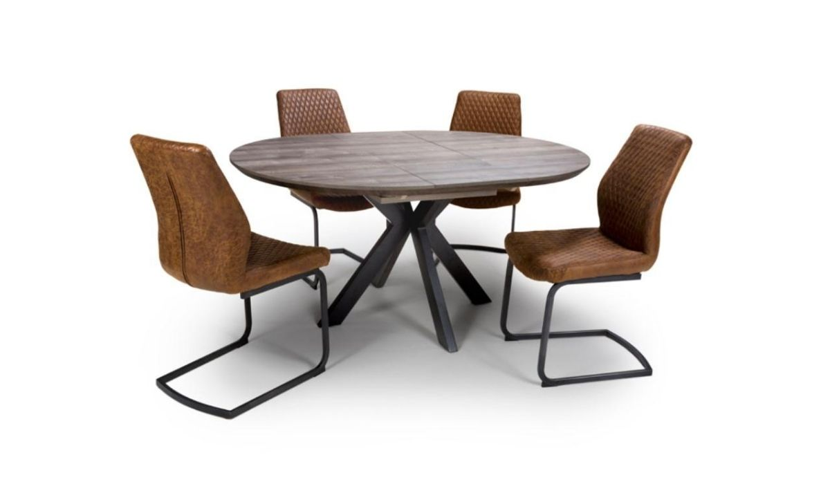 Manhattan Round Extending Table 9   9